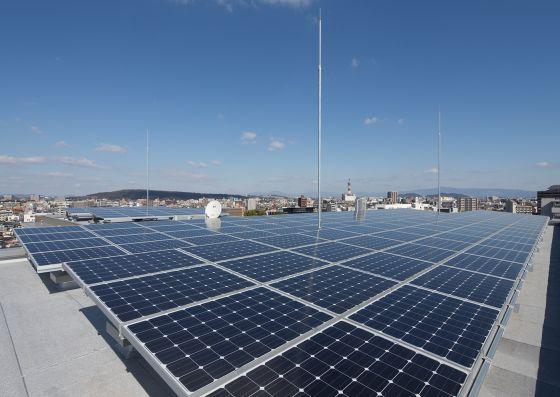 屋上太陽光発電設備