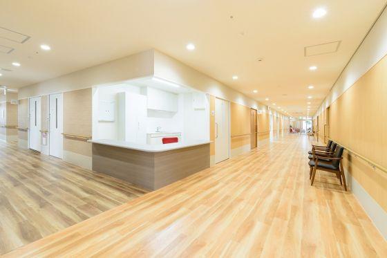 廊下・介護職員室