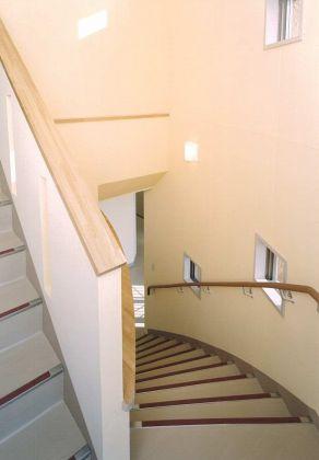 2F 階段